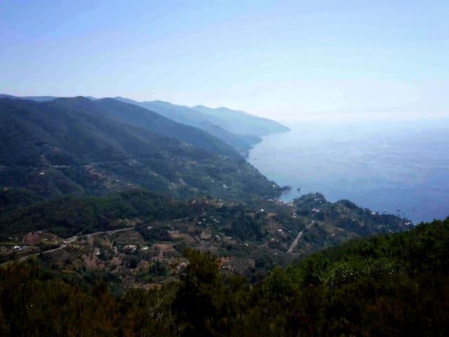 Panorama delle Cinque Terre dal Colle dei Bagari